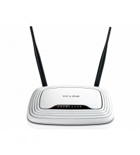 TP-LINK Wireless N Router Wifi 300 Mbps with 2.4 GHz Wireless Connectivity (TL-WR841ND)